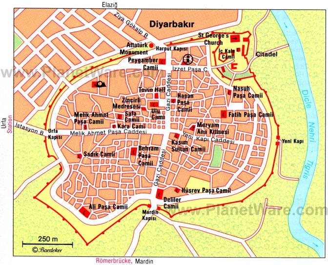Quelle: http://www.planetware.com/tourist-attractions-/diyarbakir-tr-di-di.htm