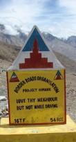"""""""Liebe Deinen Nachbarn - aber nicht beim Fahren"""": Ladakh"""