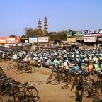 Schunkelnde Minarette in Ahmedabad